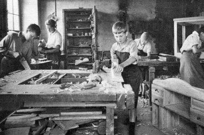 Révolution école, 1918-1939